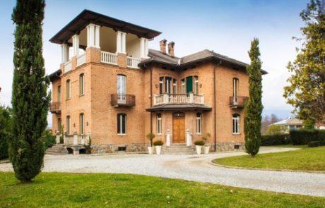 Villa Garlanda  en Lessona, Provincia de Biella